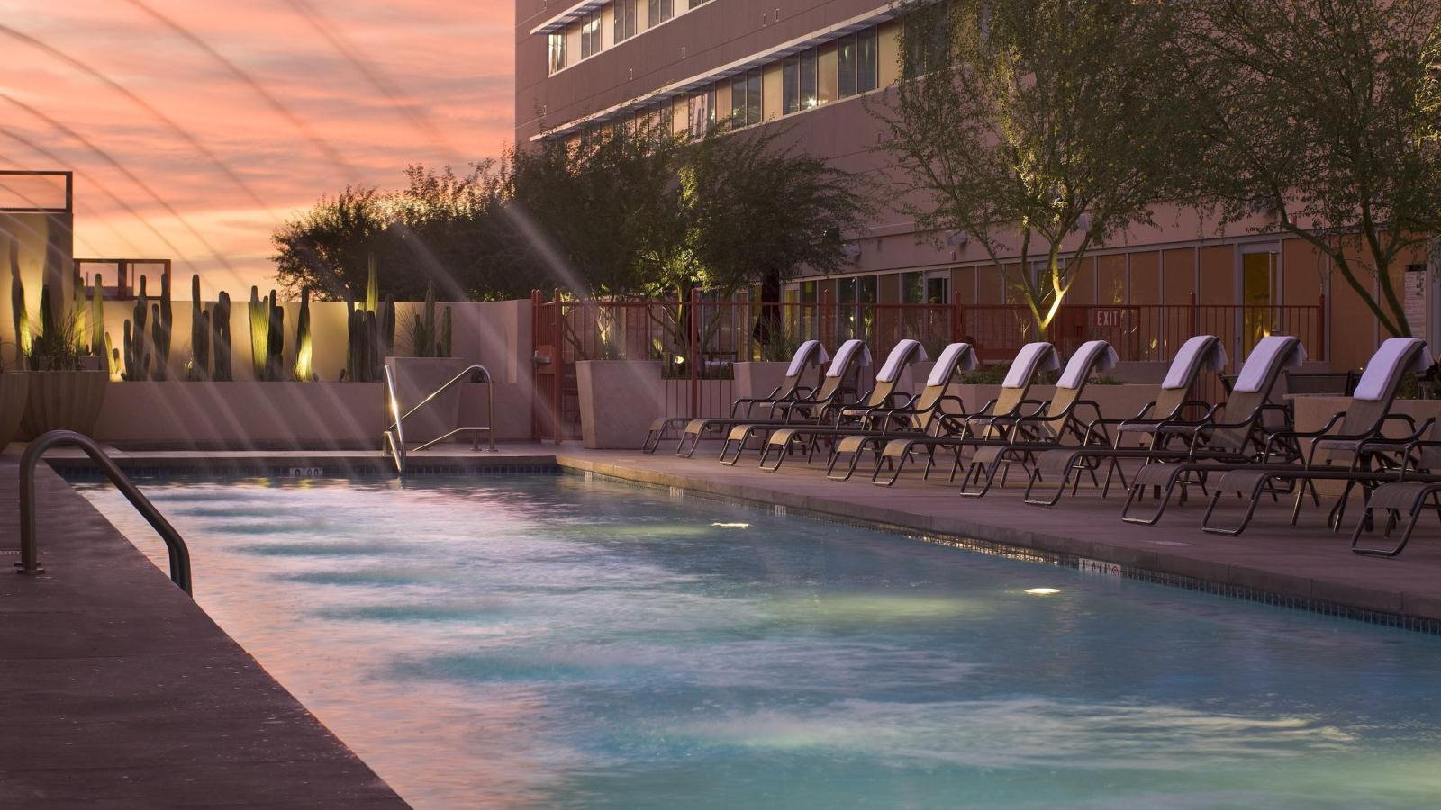 Phoenix Wedding Venues - Pool