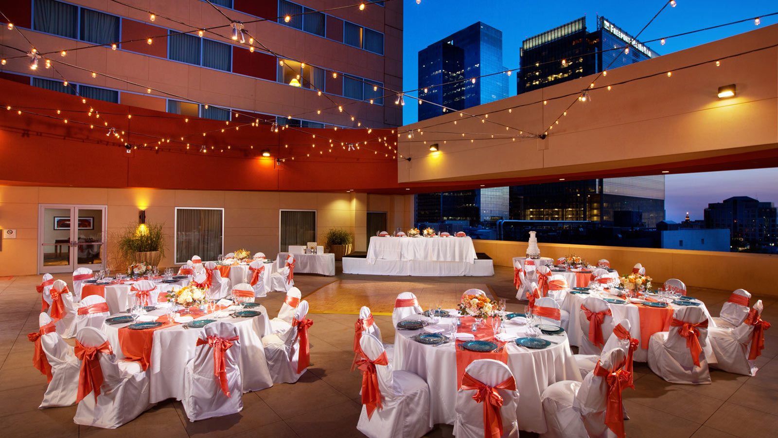 Wedding venues in phoenix az sheraton grand phoenix phoenix wedding venues outdoor venue junglespirit Gallery